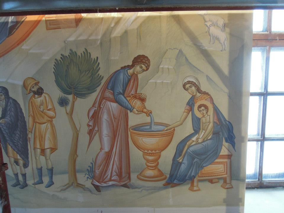 Расписывается Преображенский храм в Сургуте